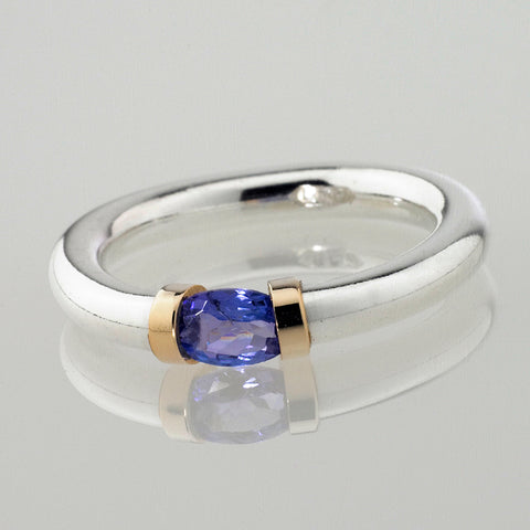 Ceylon Sapphire and Sterling Silver Tension Ring.