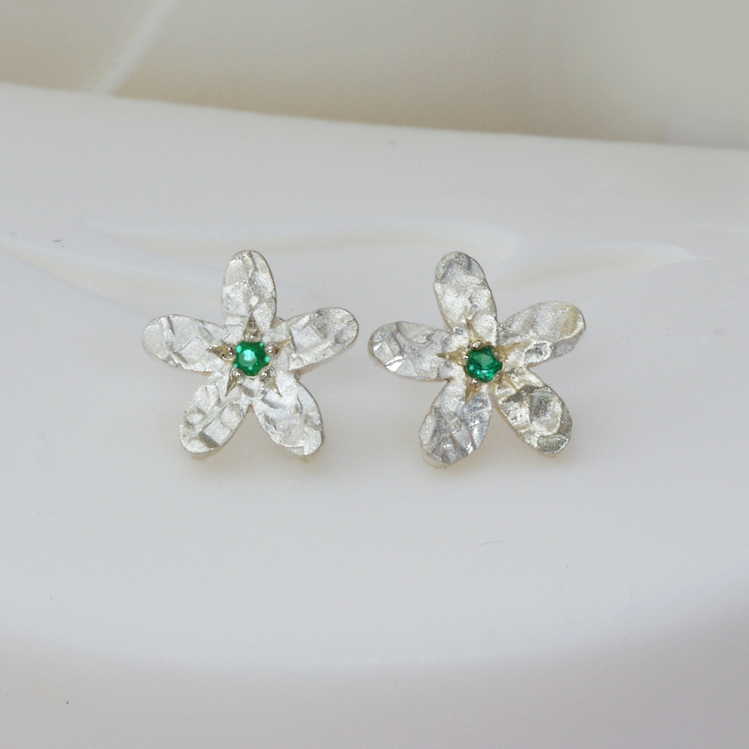 jewellery butter flower earrings lane antiques stud emerald vintage products