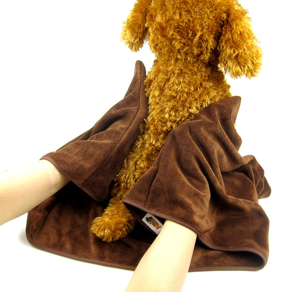Amber 2-Piece Set Microfiber Fast-Dry Pet Bathing Pockets Towel