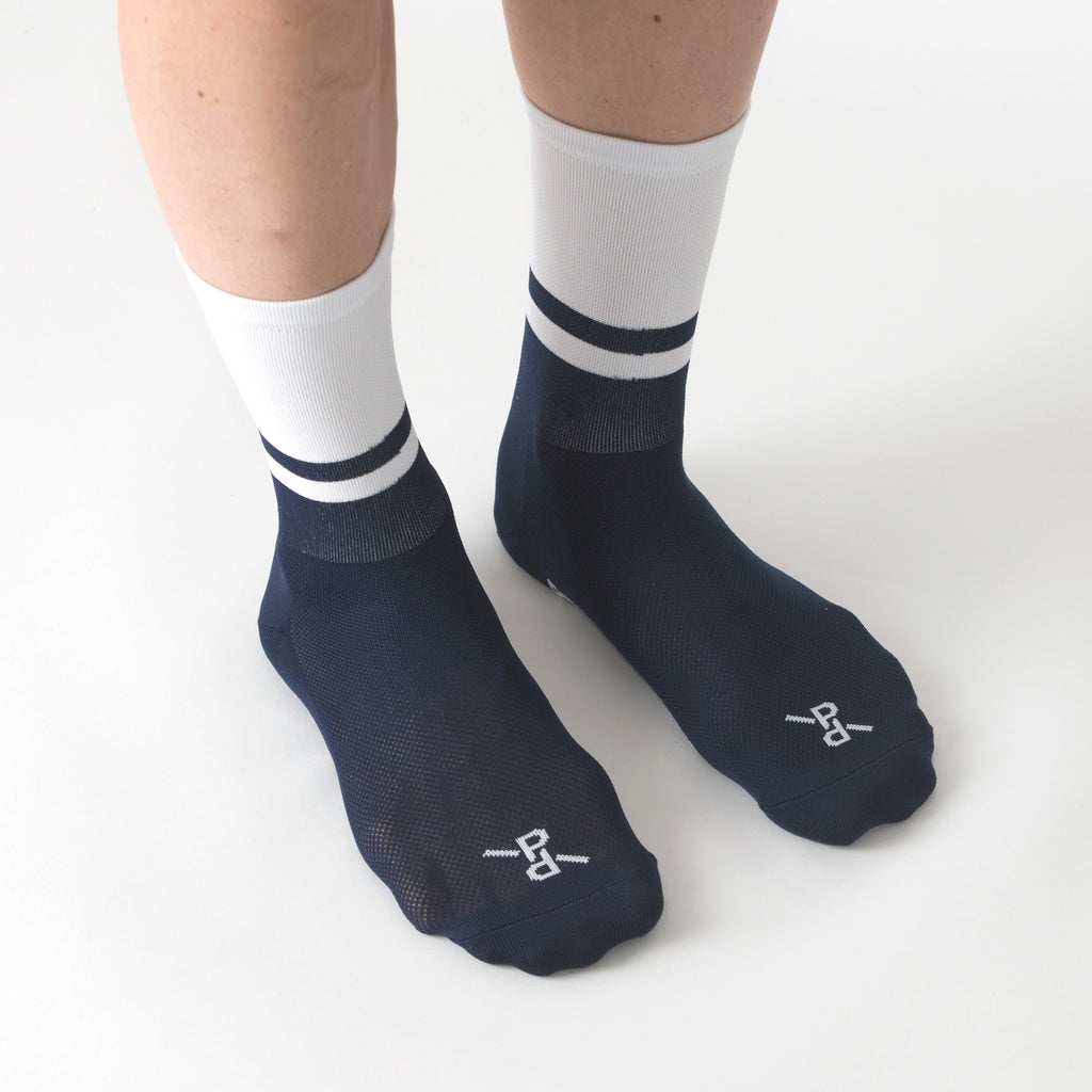 Two-Tone Light White/Navy PLTN Socks