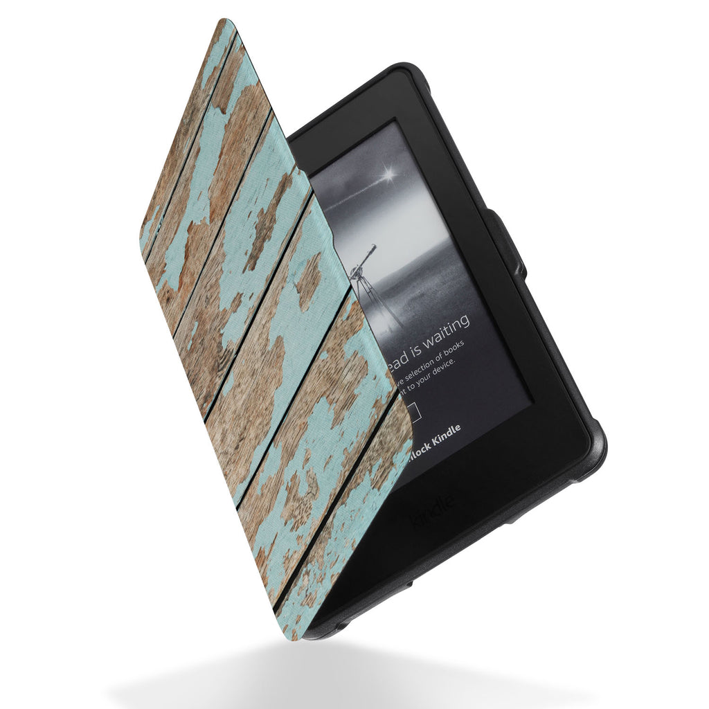 Reinforced rubber bumpers on the corners to protect your Kindle Paperwhite