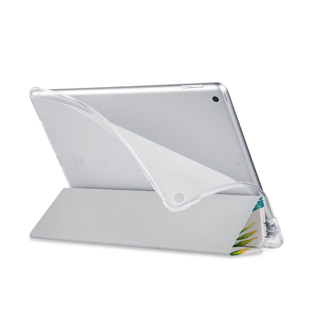 Balance iPad SeeThru Casd with Tropical Leaves Design has a soft edge-to-edge liner that guards your iPad against scratches.