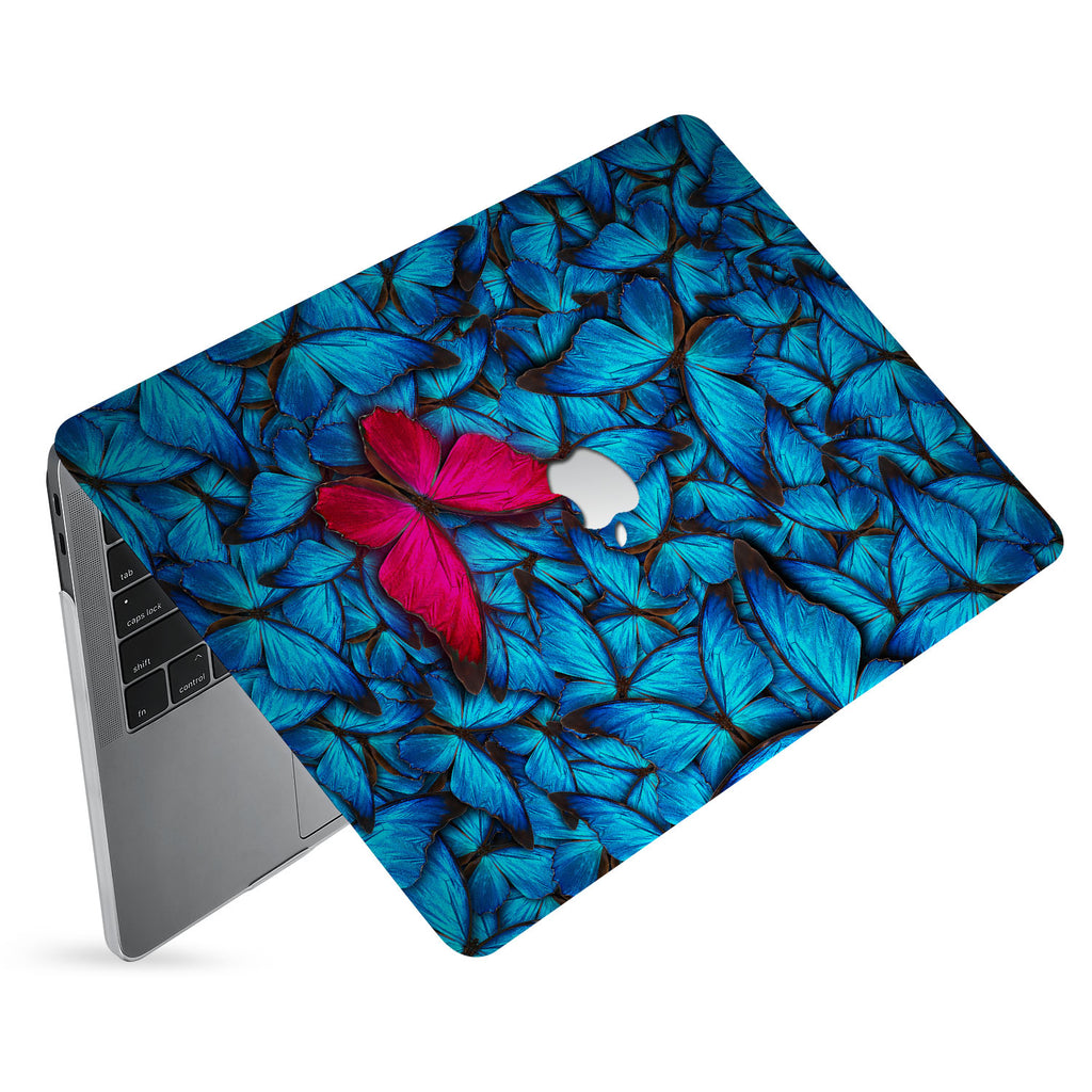 hardshell case with Butterfly design has matte finish resists scratches