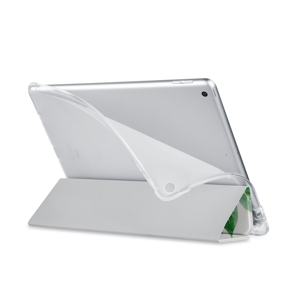 Balance iPad SeeThru Casd with Flat Flower Design has a soft edge-to-edge liner that guards your iPad against scratches.