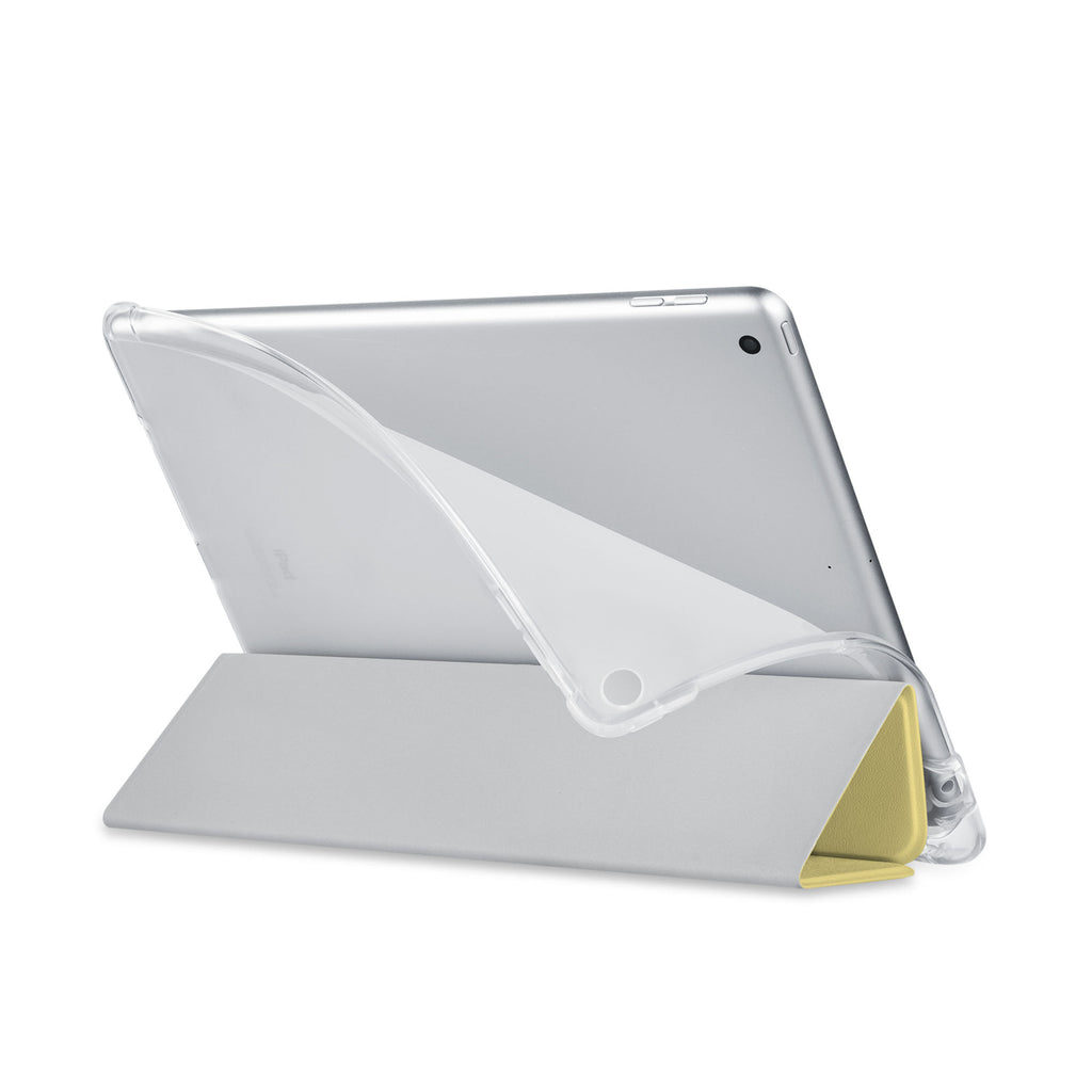 Balance iPad SeeThru Casd with Dog Fun Design has a soft edge-to-edge liner that guards your iPad against scratches.