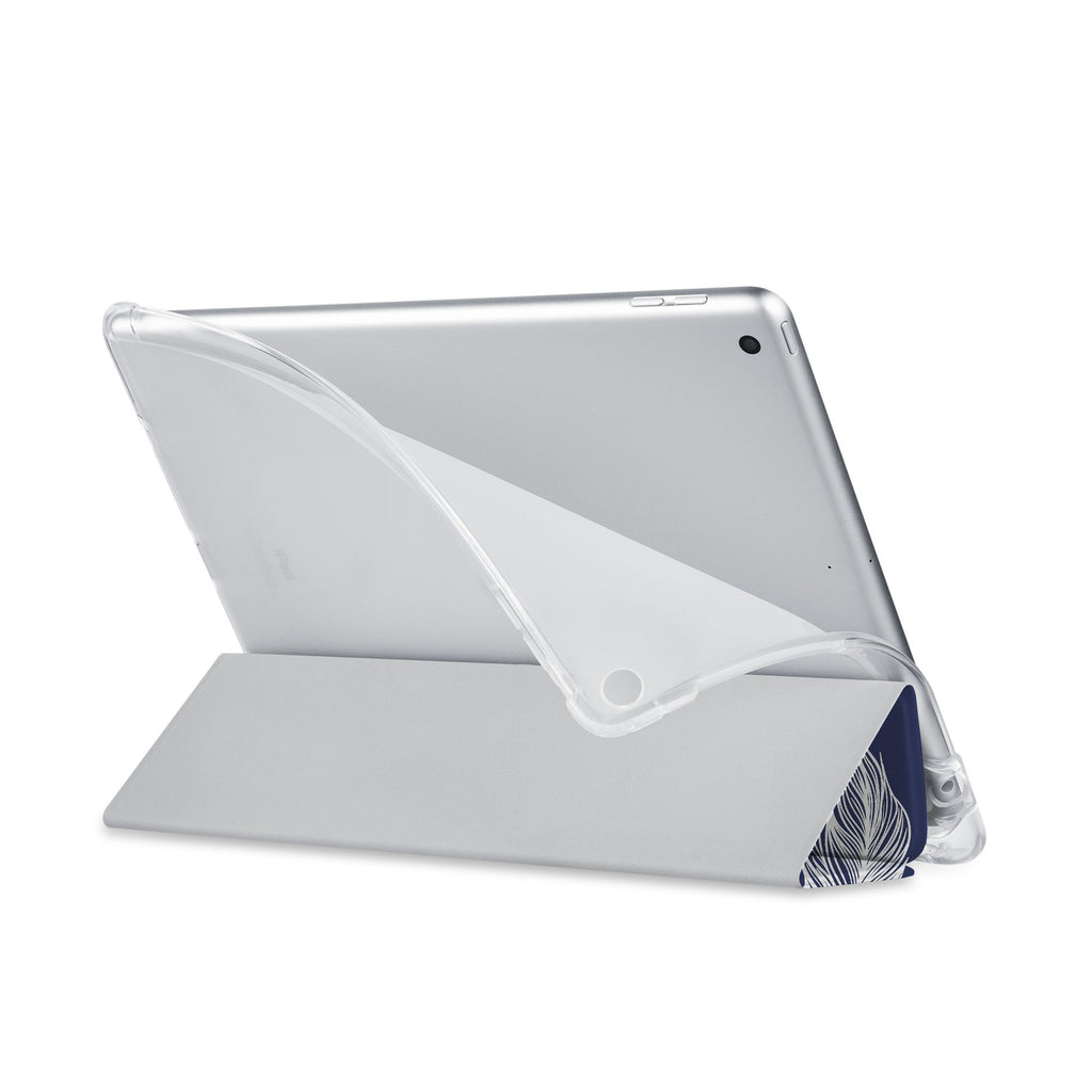 Balance iPad SeeThru Casd with Feather Design has a soft edge-to-edge liner that guards your iPad against scratches.