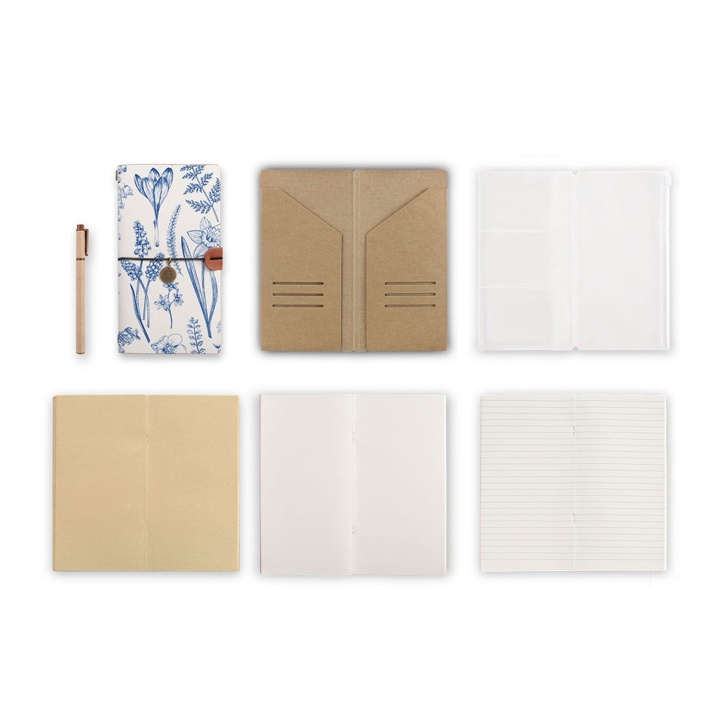midori style traveler's notebook with Flower design, refills and accessories