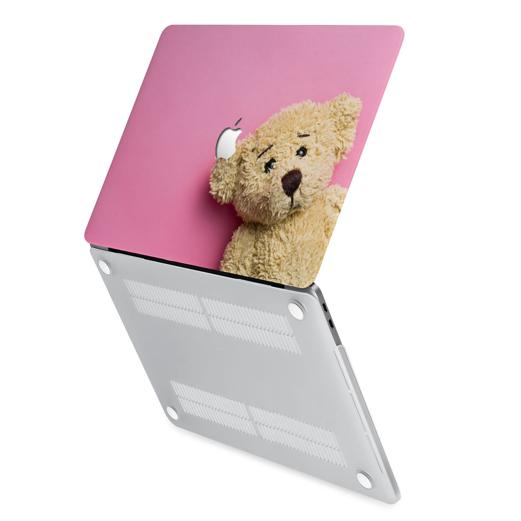 hardshell case with Bear design has rubberized feet that keeps your MacBook from sliding on smooth surfaces
