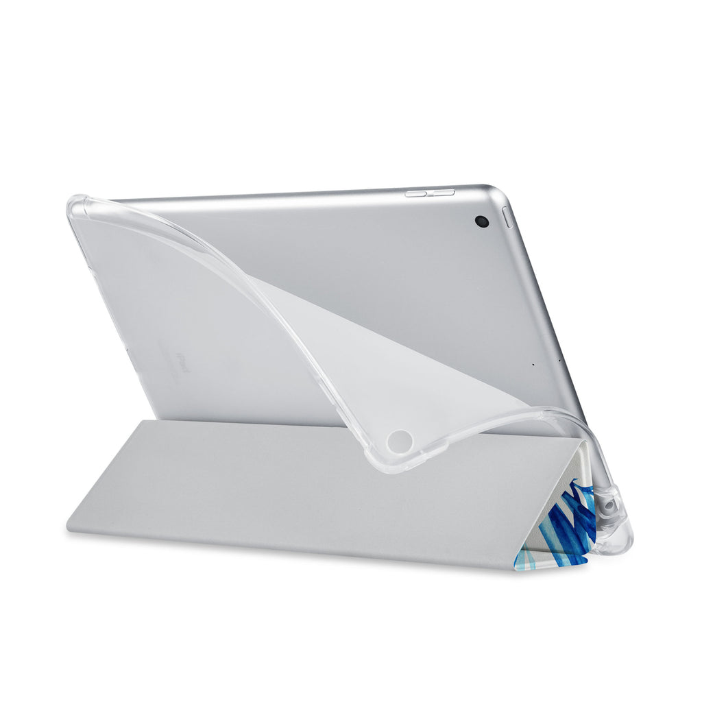 Balance iPad SeeThru Casd with Geometric Flower Design has a soft edge-to-edge liner that guards your iPad against scratches.