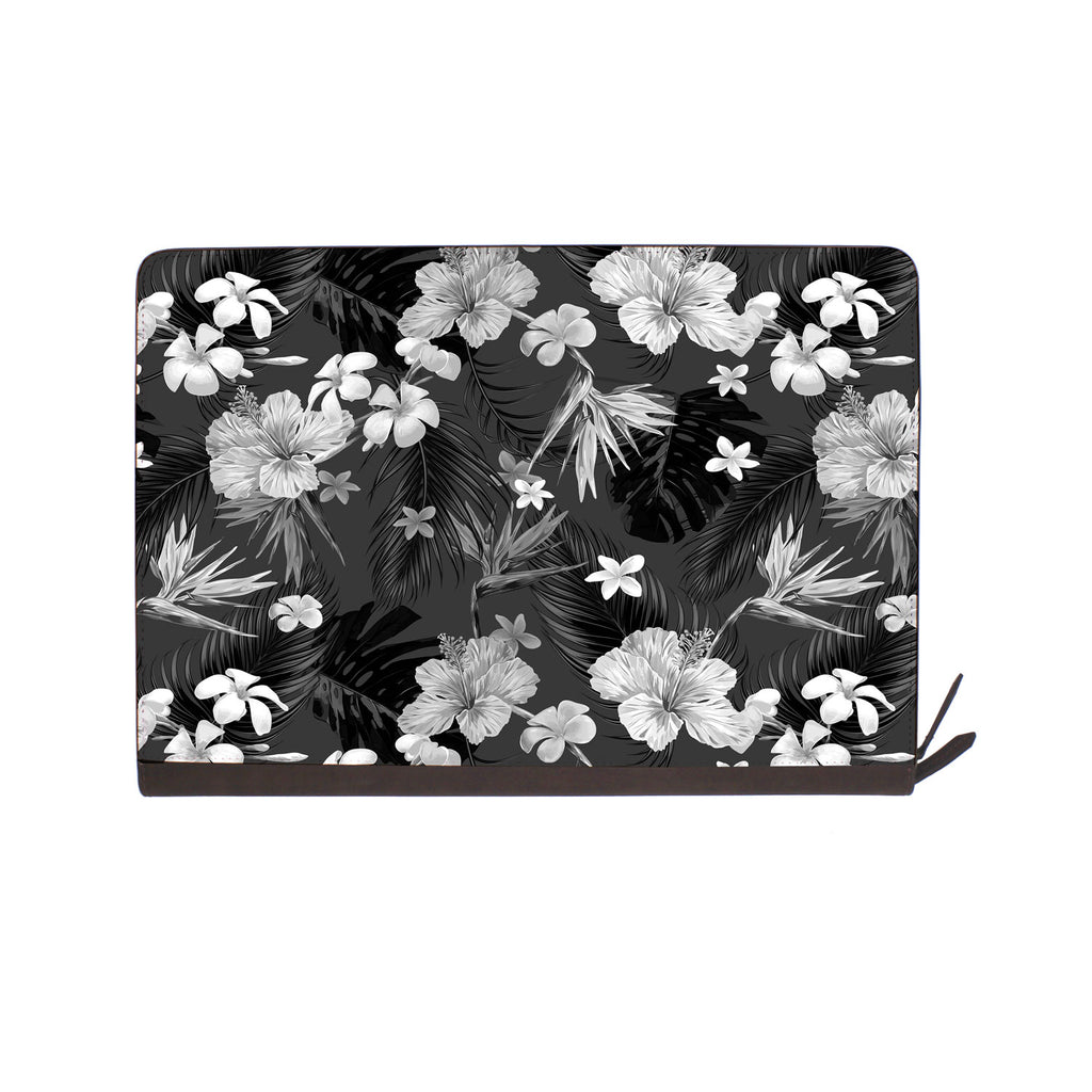 front view of personalized Macbook carry bag case with 07 design