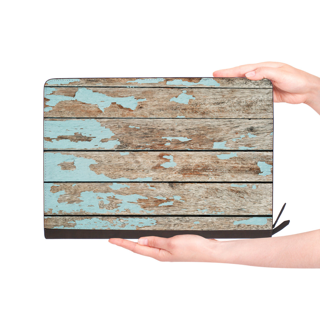 macbook air inside of personalized Macbook carry bag case with Wood design