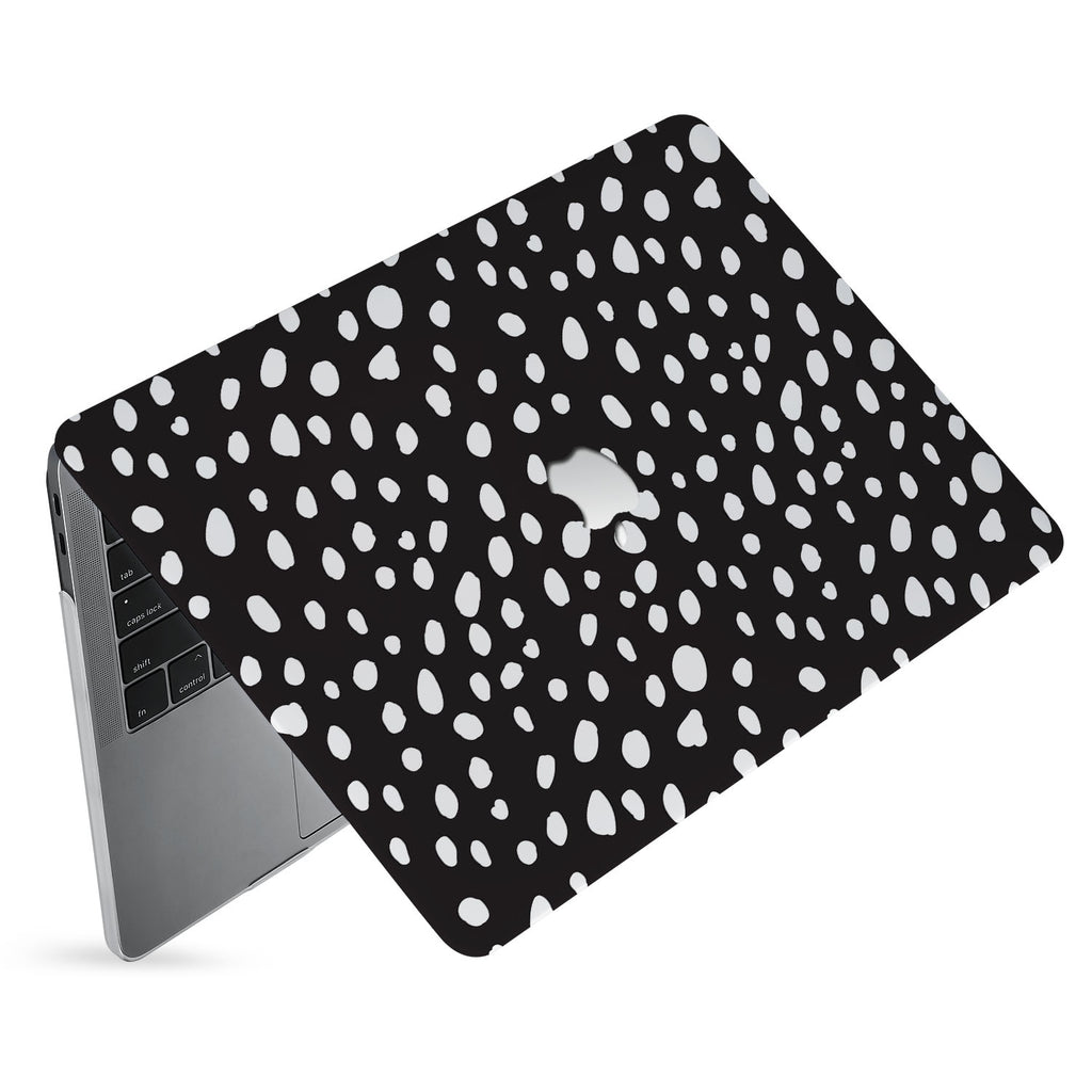 hardshell case with Polka Dot design has matte finish resists scratches