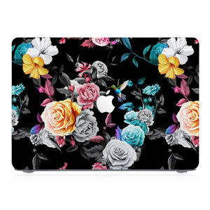 This lightweight, slim hardshell with Black Flower design is easy to install and fits closely to protect against scratches