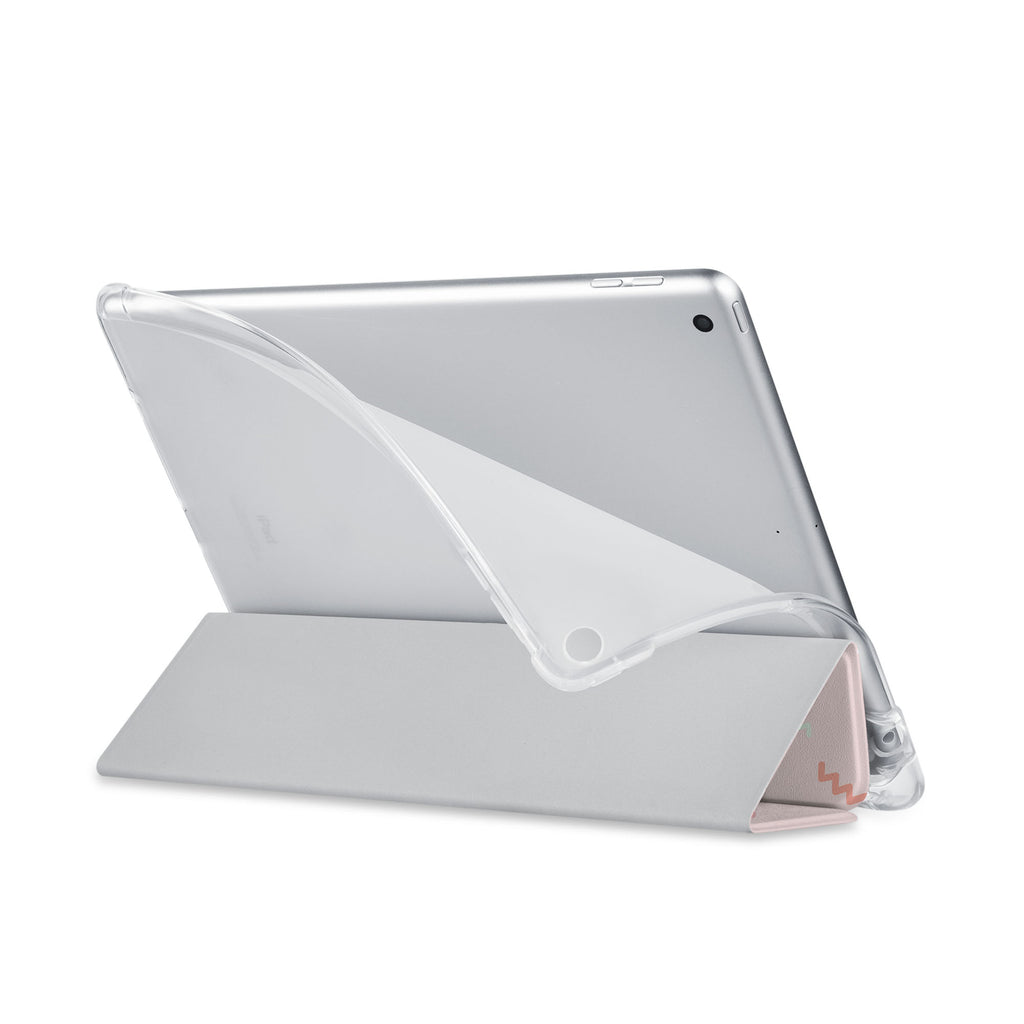 Balance iPad SeeThru Casd with Baby Design has a soft edge-to-edge liner that guards your iPad against scratches.