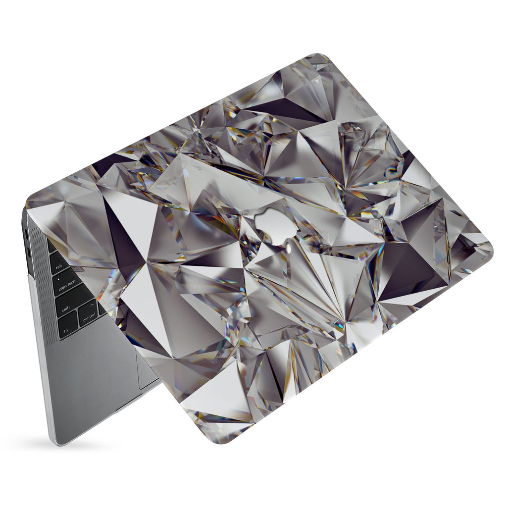 hardshell case with Crystal Diamond design has matte finish resists scratches