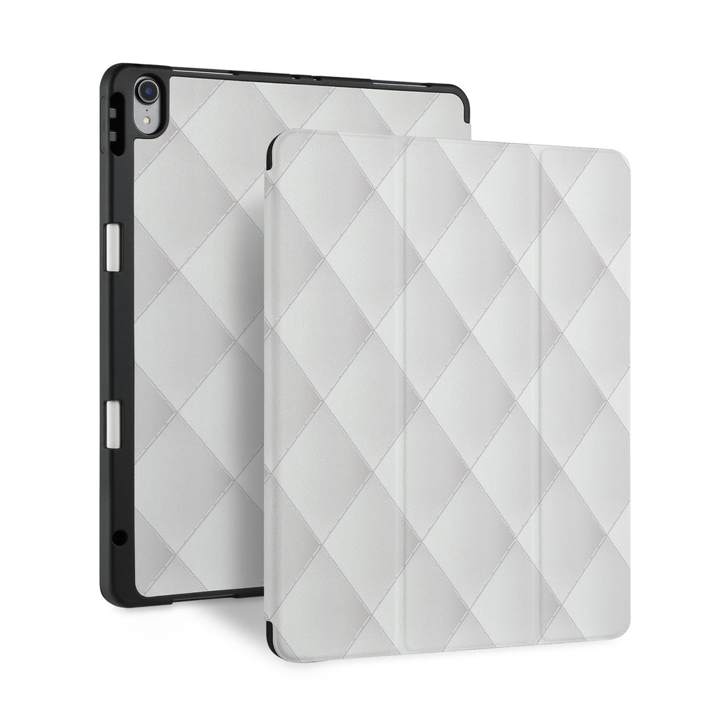 front and back view of personalized iPad case with pencil holder and Luxury design