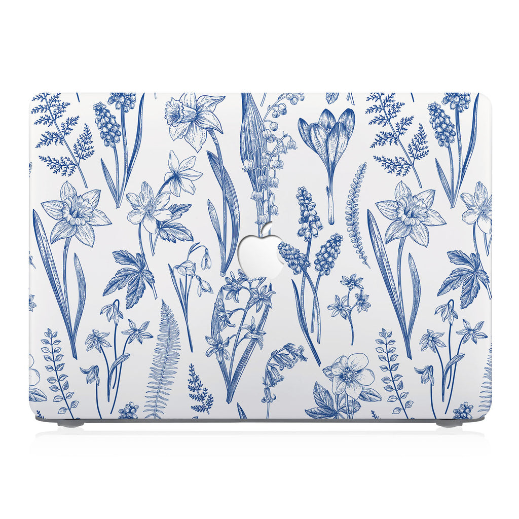 This lightweight, slim hardshell with Flower design is easy to install and fits closely to protect against scratches