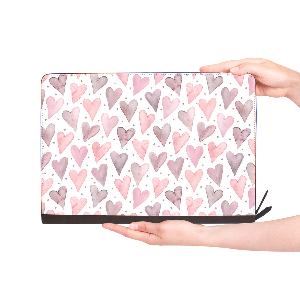 macbook air inside of personalized Macbook carry bag case with Love design