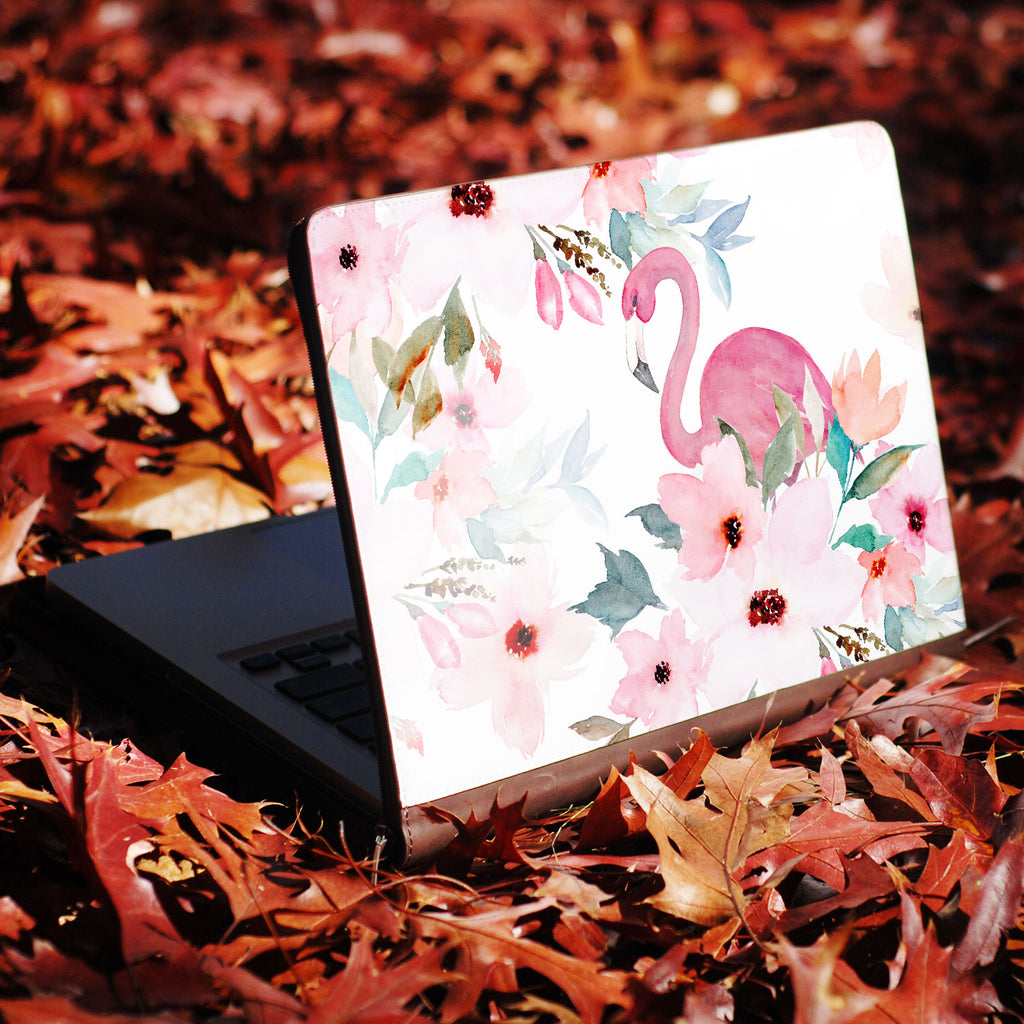 two hands holding personalized Macbook carry bag case with Flamingo design swap