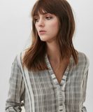 Relaxed 100% cotton grey & white striped shirt from Hartford.  Good transitional top going into Spring/Summer!  100% Cotton.