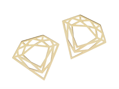 With their intricate lines, these studs are instant classics.   Material: 18ct yellow gold plated silver  Size of earring: 2cm