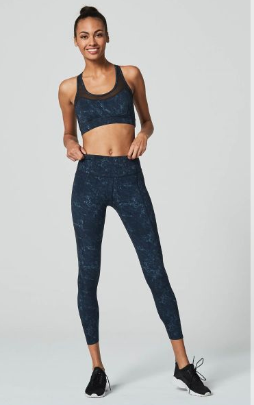 Work out in style in the Bedford leggins in Moon by activewear designer Varley. These full length leggings ensure perfect coverage, support and comfort.