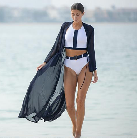 The perfect accessory to your swimwear - say hello to the Katie Kimono from our favourite new swimwear brand, Lula-Ru.   This kimono will take you from beach to bar or lunch with style.  Lula-Ru is a fresh new innovative beach and swimwear brand which was inspired by the timeless elegance of the 1950's.