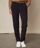 Our favourite shaped trousers from Hartford are back with a nice lurex detail at the waist.  With an elasticated waist and crafted from a wearable crepe fabric this is an easy trouser to wear.  Universally flattering with a nice slim leg pair this with your favourite jumper and a trainer.