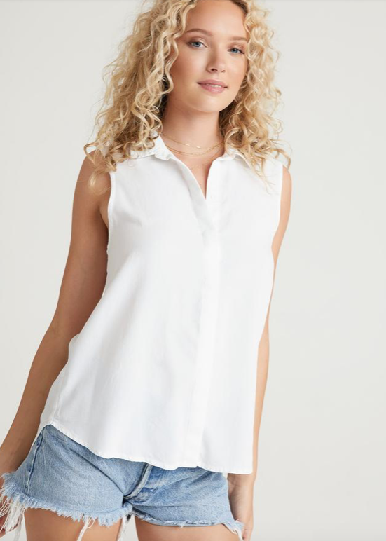 The perfect sleeveless button down shirt from Bella Dahl.  Crafted from their signature super soft material and featuring a button up front and cut longer at the back this is as comfortable as it is stylish.  Pair with your favourite denim or Bella Dahl's frayed hem shorts when it heats up - you'll want this in every colour!