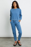 If you like your lounge-wear with a vintage-y feel these super soft fleece terry trackies will tick all your boxes.  With an elastic waist and drawcord, front pockets (we LOVE pockets!), slightly tapered fit and slim leg these are perfect for relaxing at home or going about your day in a comfortable yet fashionable style.