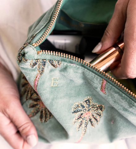 Perfect sized pouch to carry as a clutch or store all those bits that get lost in the bottom of your handbag.