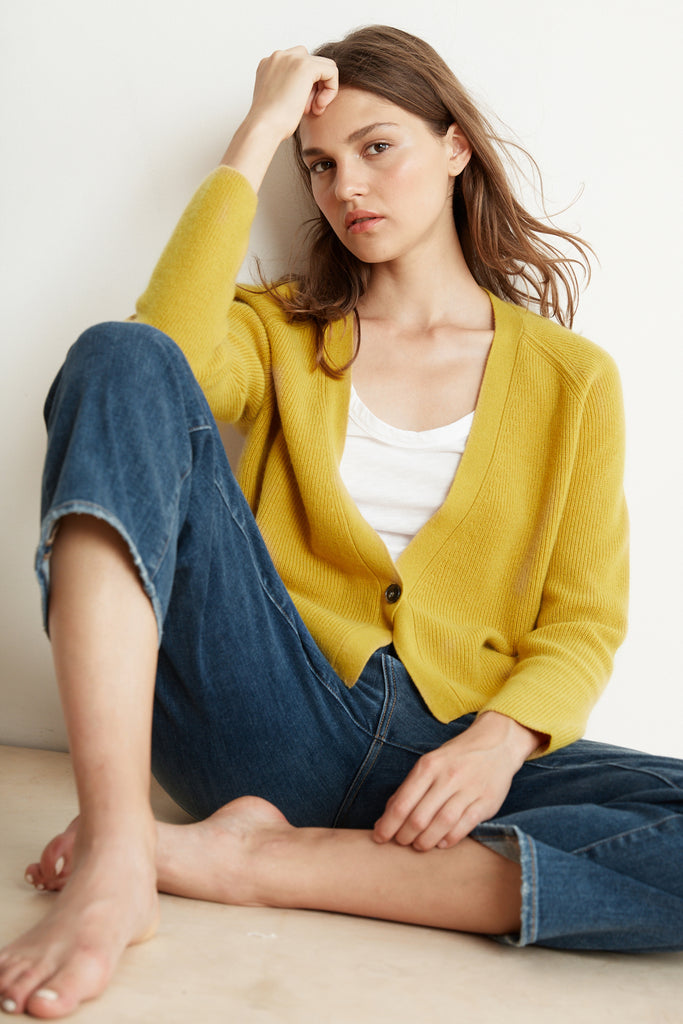 Scrumptiously soft mustard coloured cardi from our favourite basics brand Velvet.