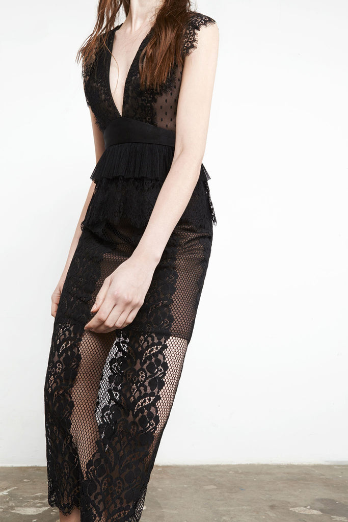 Lace affair dress