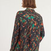 Gorgeous printed silk shirt with a pop of orange to brighten up your outfit!
