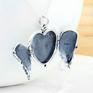 Stereo Heart-Shaped Pendant Necklace