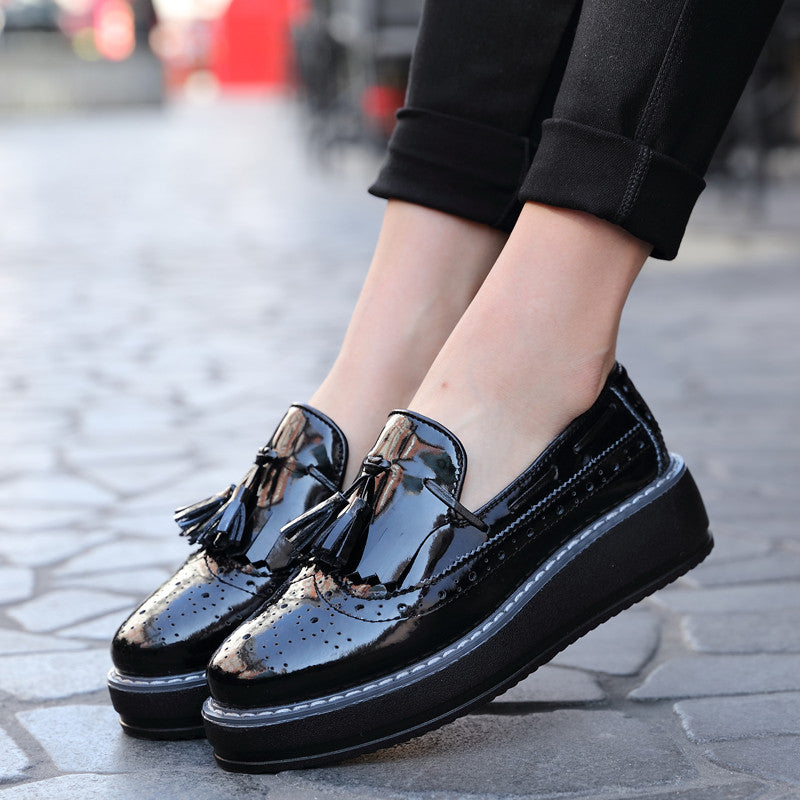 Women Oxfords Flats Platform Shoes Patent Leather Tassel Slip-on Pointed Creeper