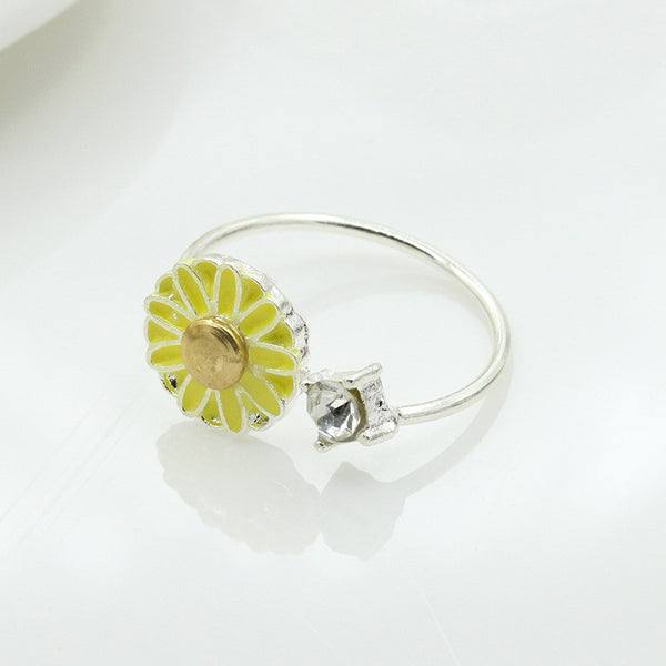 South Korean Daisy Flower Ring - J20Style