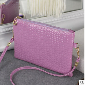Casual Zipper And Hasp Clutch - J20Style - 4