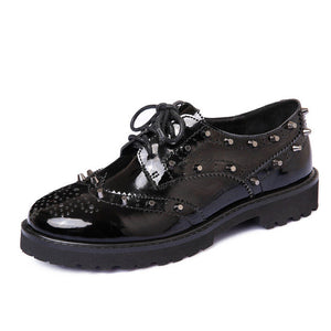 Top Quality Patent Leather Oxford Rivet Flat