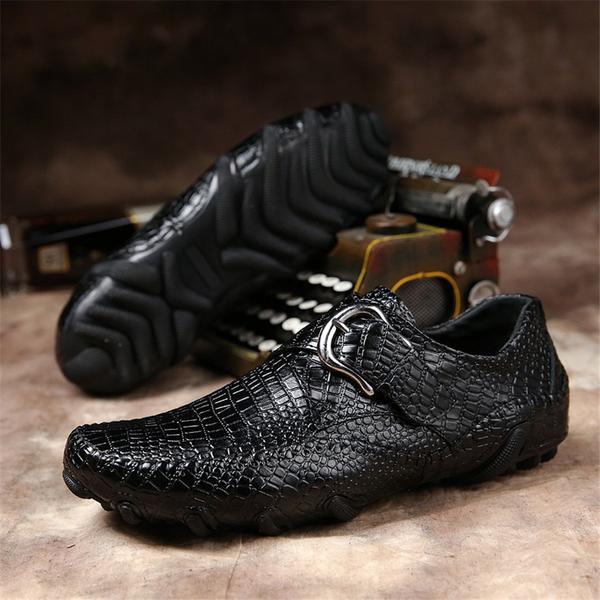 CROCO Available 2 colors
