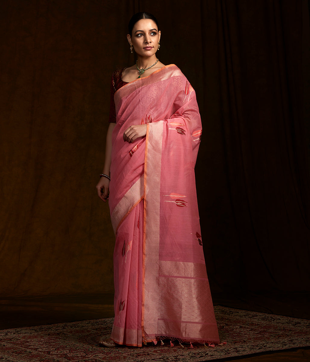 Handwoven Banarasi Linen saree with kadhwa booti woven in resham