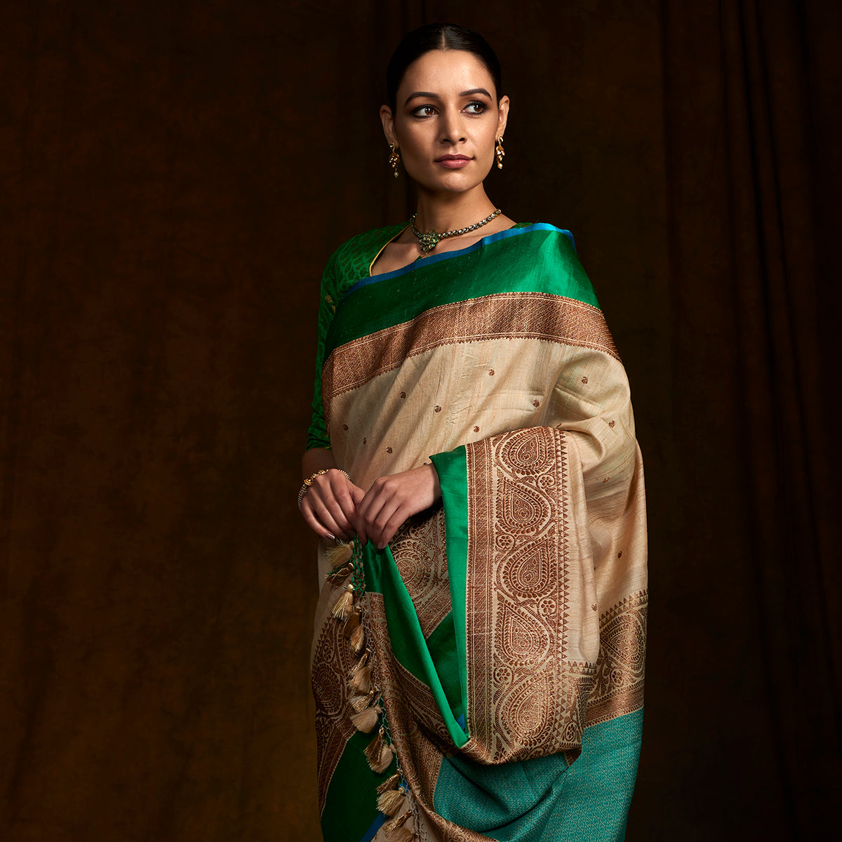 bc48e557ac Handwoven banarasi tusser saree with kadhwa boota woven in antique zar -  WeaverStory