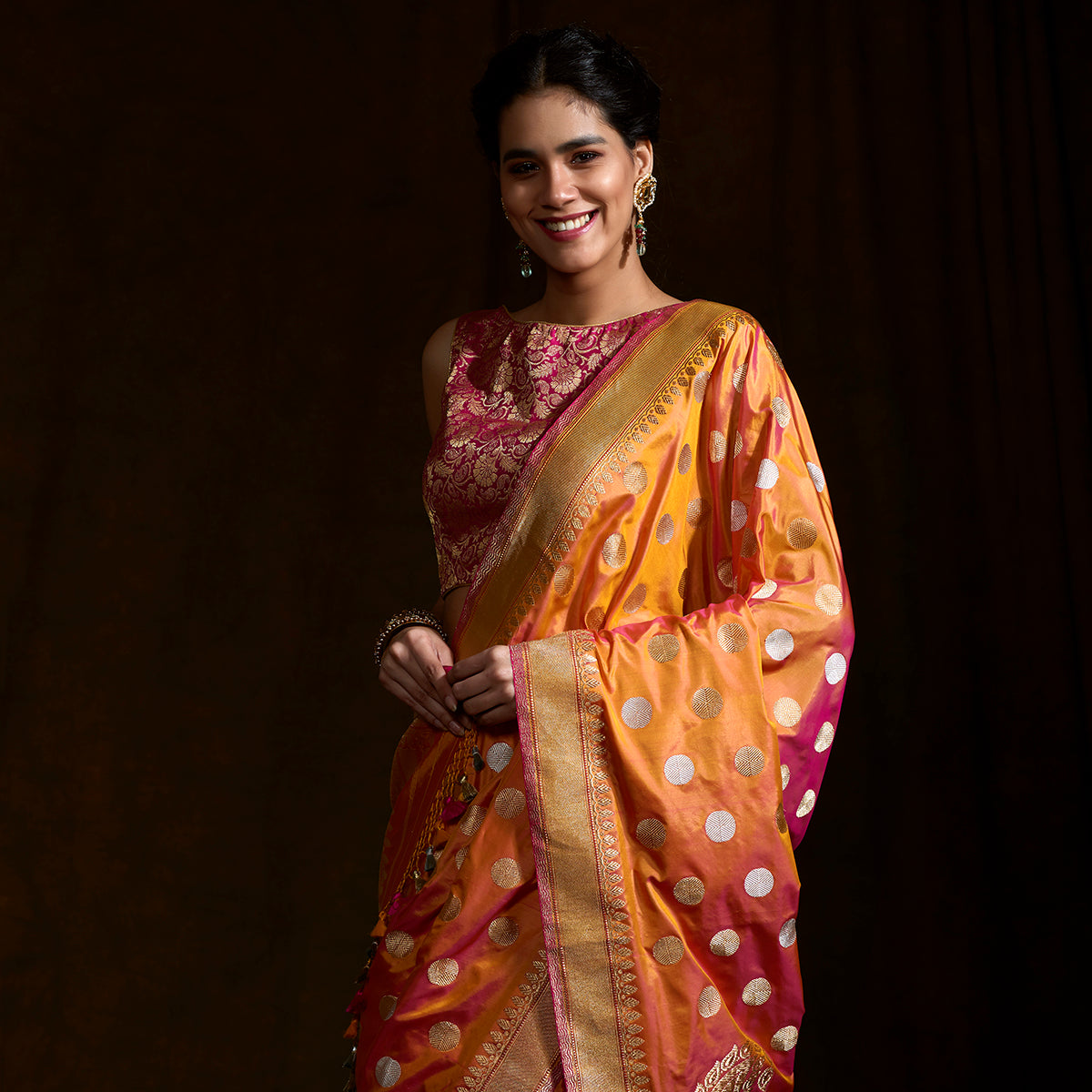 5664081809 Peach and Orange dual tone Kadhwa banarasi saree with woven asharfi motifs  and konia pallu