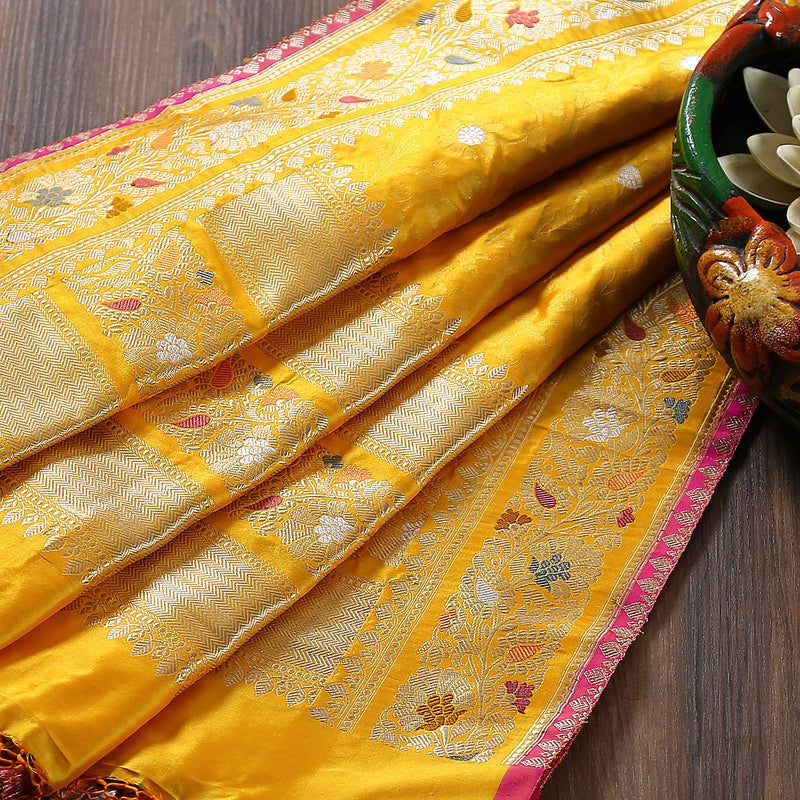 Yellow Banarasi Jangla Dupatta with Kadhiyal Meenakari Border