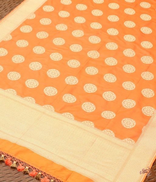 Handwoven Banarasi Katan Silk Dupatta With Traditional Booti Dupatta