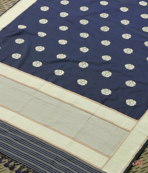 Ink Blue Traditional Booti Dupatta With Chevron Weave Border Dupatta