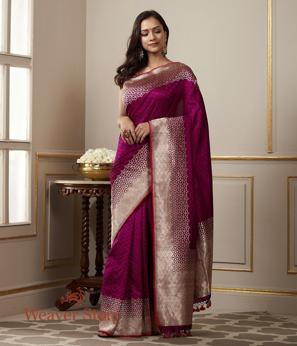 Handwoven Purple and Pink Dual Tone Tanchoi Saree with Woven Geometric Patterns