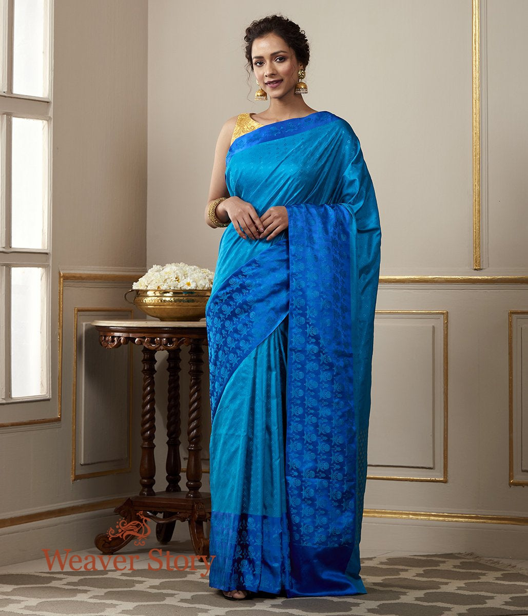 Handwoven Turquoise Blue Banarsi Tanchoi with a Royal Blue Reshmi Border