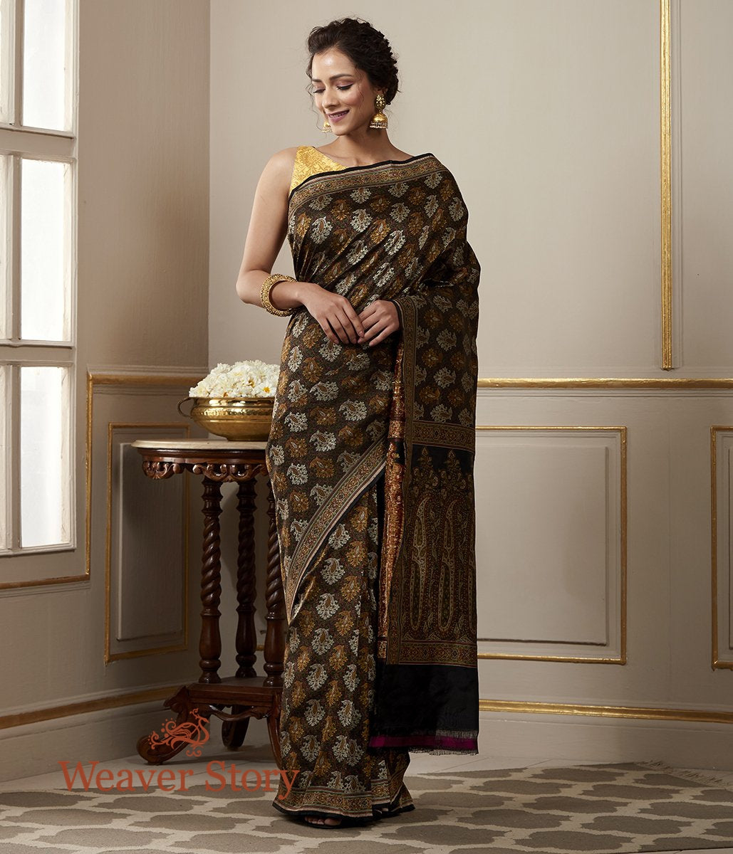 Handwoven Black and Beige Jamawar Tanchoi Saree