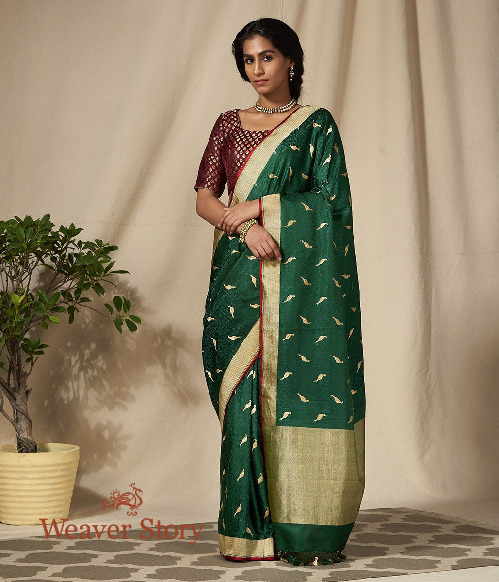 Handwoven Emerald Green Tanchoi Saree with Woven Birds Motifs